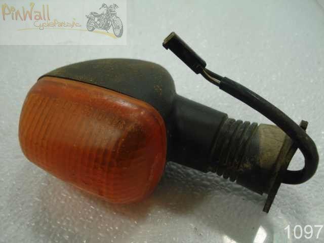USED 99 SUZUKI GSX R600 GSXR600 R 600 RIGHT FRONT TURN SIGNAL LIGHT