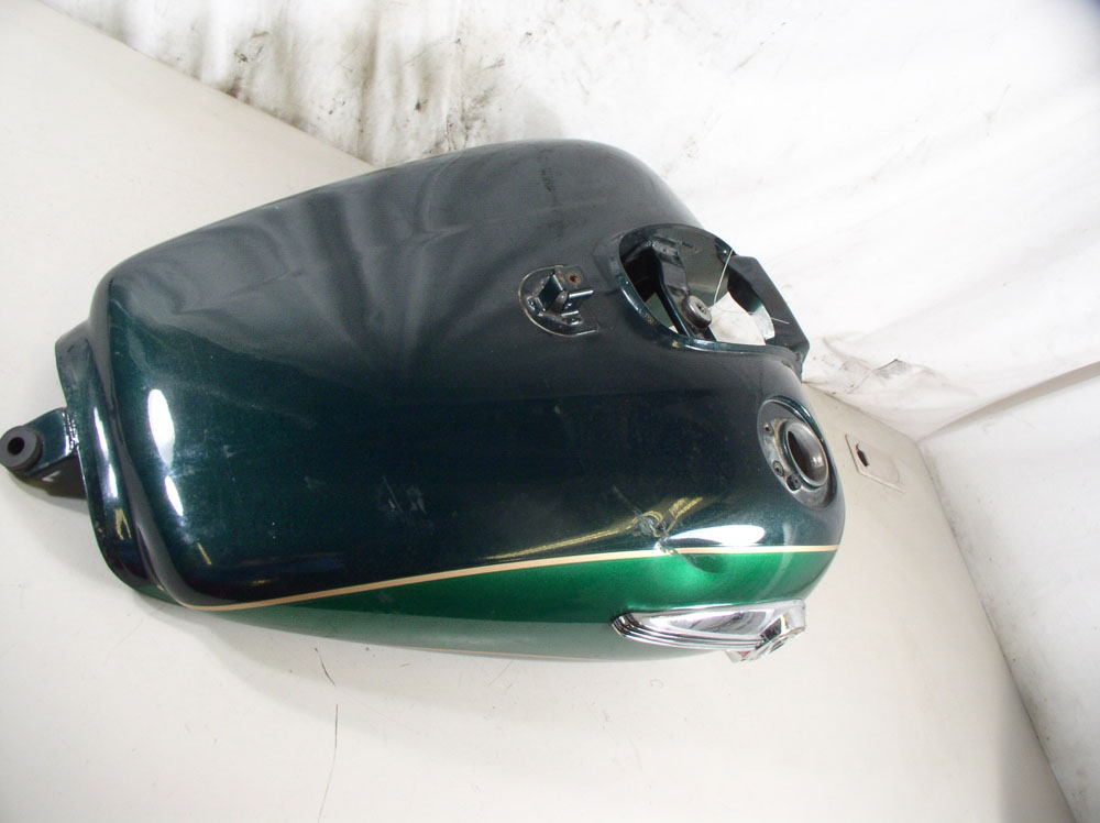 USED 99 Kawasaki Vulcan VN1500 Nomad Carbureted FUEL GAS PETRO TANK - BOULOGNE GREEN