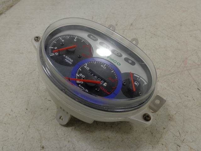 USED 2000 2001 Kymco Cobra Racer 50 Scooter SPEEDOMETER TACHOMETER GAUGES