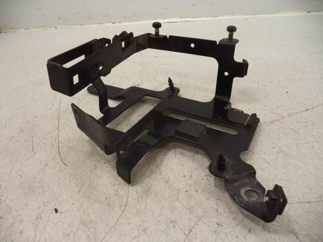 USED Victory V92 ECU SIDE COVER MOUNT 2001-2006 Touring/Deluxe Cruiser