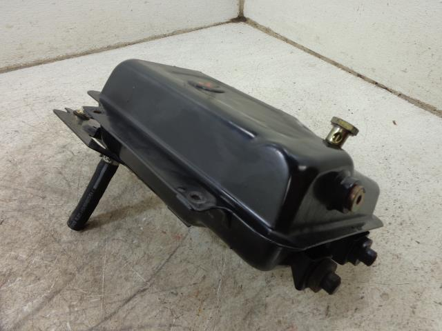 USED 09 Can-Am Spyder Roadster RT OIL TANK