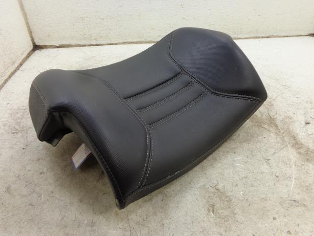 USED 12 Can-Am Spyder Roadster RT Limited  PASSENGER BACKREST 708000907 NICE