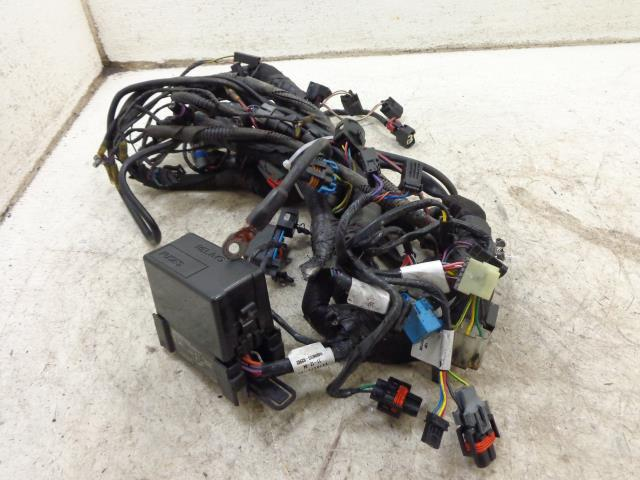 USED 05 Victory Vegas V92 Cory Ness MAIN WIRE WIRING HARNESS  VIDEOS 2410472-02