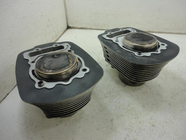 USED 06 Polaris Victory Vegas 8-Ball 8 Ball  CYLINDER / PISTONS SET FRONT REAR