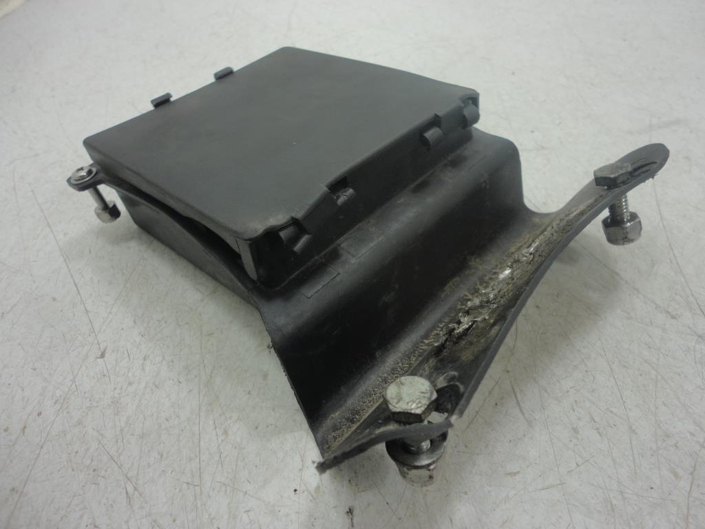 071 96 99 harley davidson softail fls fxs fuse box holder electrical fuse box location 2011 fatboy at couponss.co