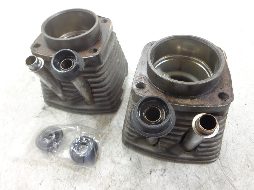 USED Ural 750 CYLINDER HEAD PISTON PISTONS LEFT RIGHT SET