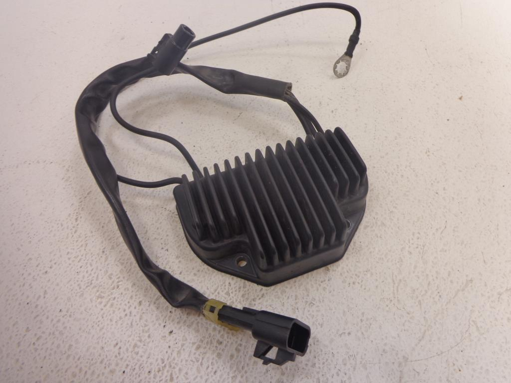 USED  2002 2003 2004 2005 2006 2007 Harley Davidson V-Rod VROD REGULATOR RECTIFIER