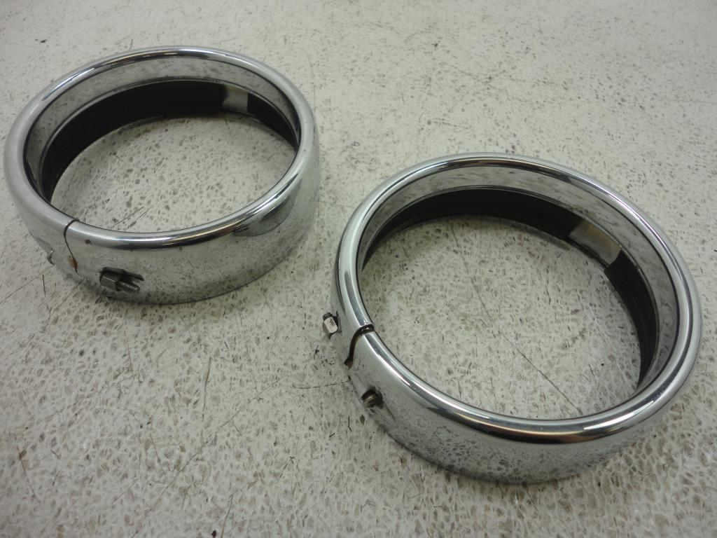 USED Harley Davidson Touring PASSING LAMP SPOT LIGHT RING SET OF 2 LEFT RIGHT 4""