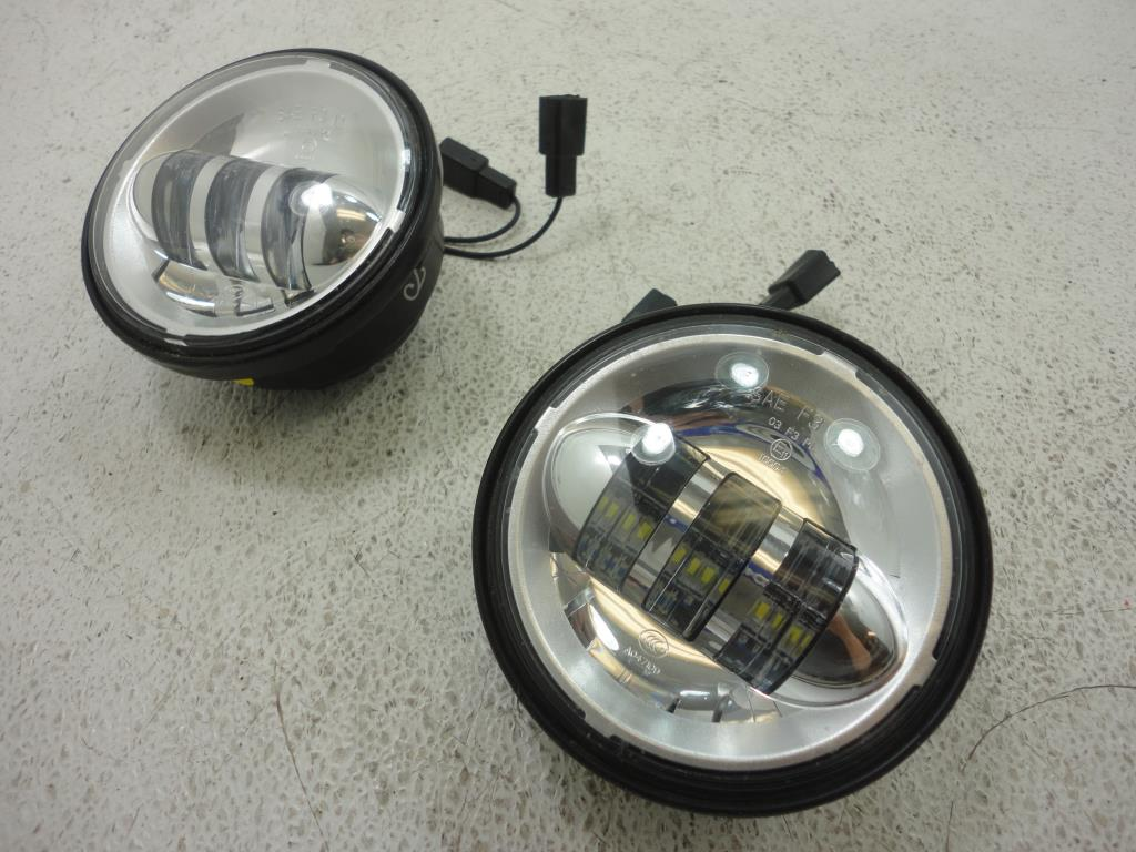 "USED Haley Davidson 4"" DAYMAKER PROJECTOR LED AUXILIARY LAMPS LAMP LIGHT SET 2"