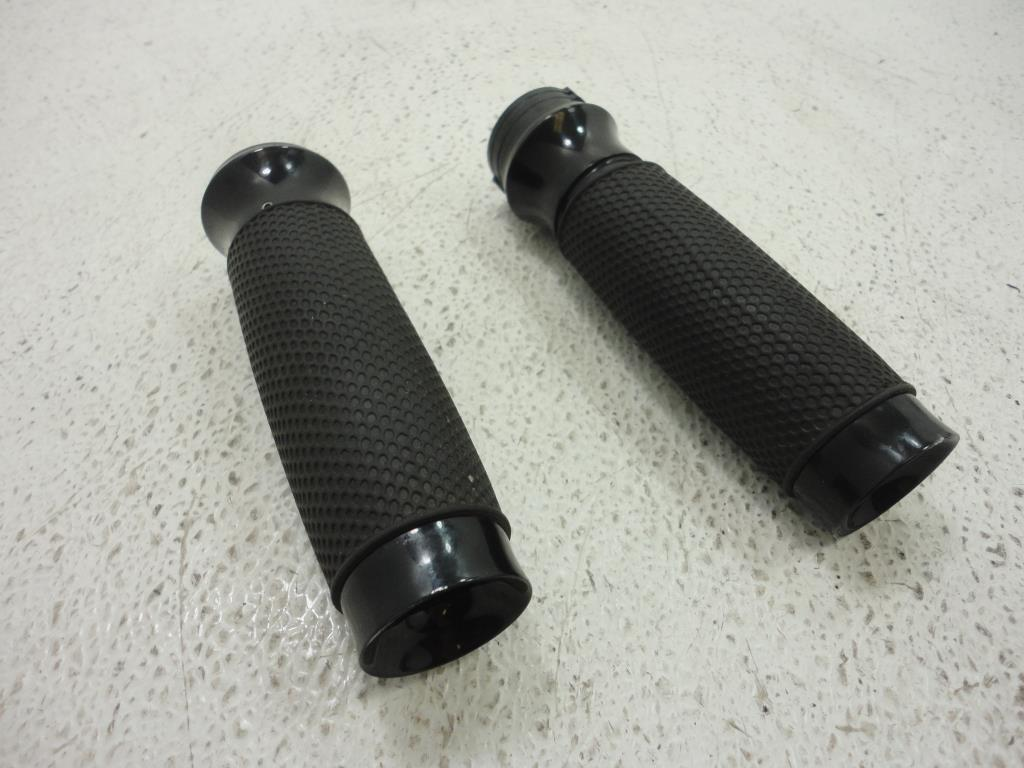 USED 1984-2017 Harley Davidson TODDS CYCLE ALUMINUM VICE BLACK HAND GRIPS W/ RUBBER