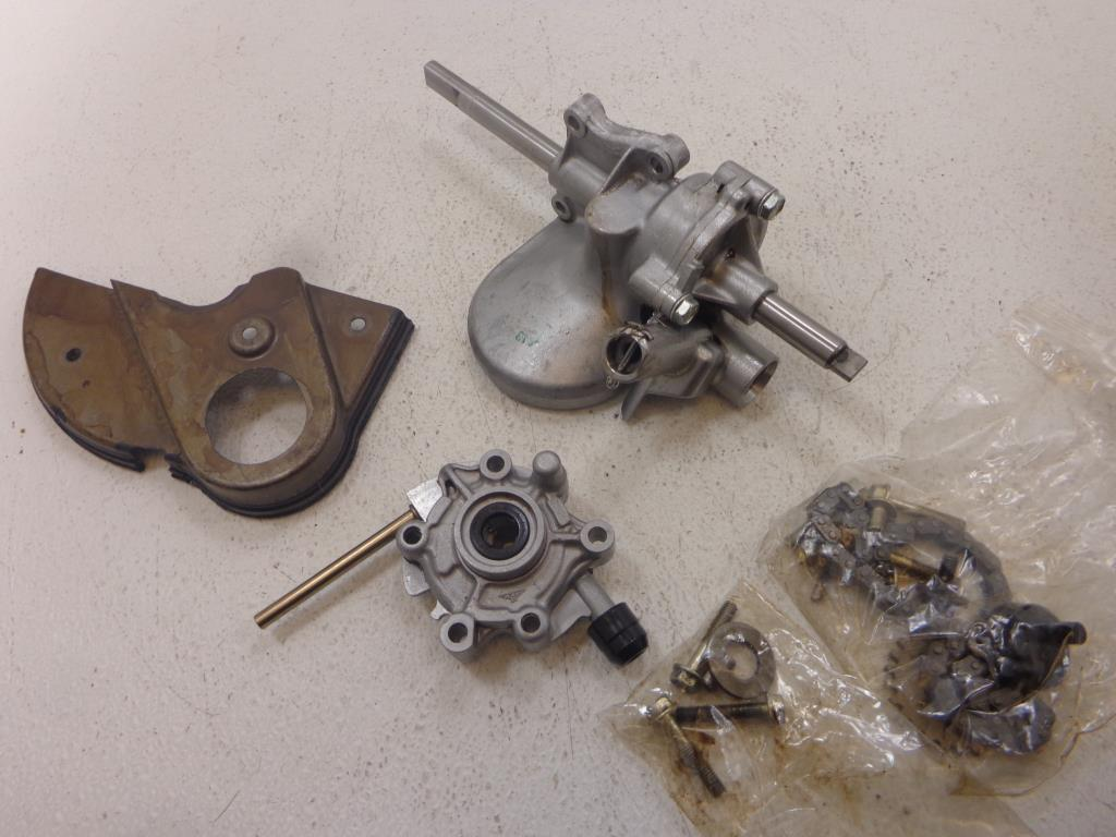 USED 1999-2003 Honda Valkyrie GL1500 CF Interstate OIL PUMP