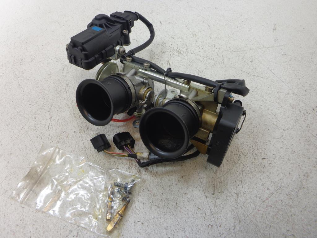Pinwall Cycle Parts Inc Your One Stop Motorcycle Shop For Used 2000 Bmw R850c And R1200c Electrical System 2002 2003 2004 2005 R1200cl Throttle Body Bodies