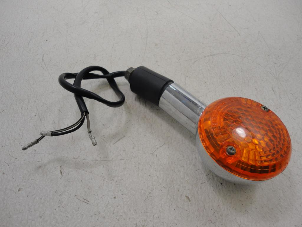 USED 2002-2015 Suzuki Marauder GZ250 250 FRONT TURN SIGNAL LIGHT LAMP LEFT HAND
